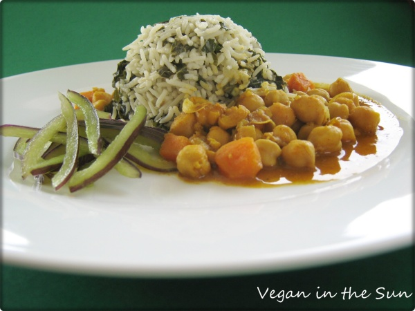 Spinach Rice and Chickpea Curry